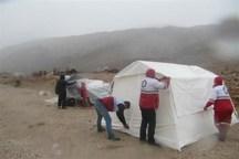 هلال احمر ارومیه ۳۴۳ فقره چادر بین سیلزدگان توزیع کرد