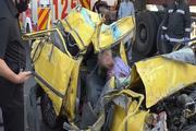 ۱۵ مصدوم در تصادف اتوبوس و تریلر