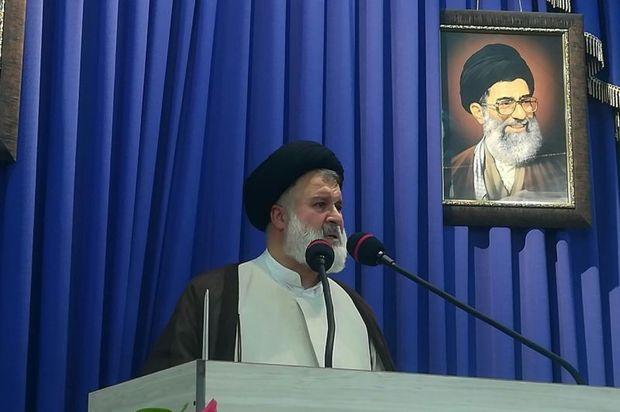 امام جمعه دامغان: دولت برای طرح ملی انتقال آب خزر تلاش کند