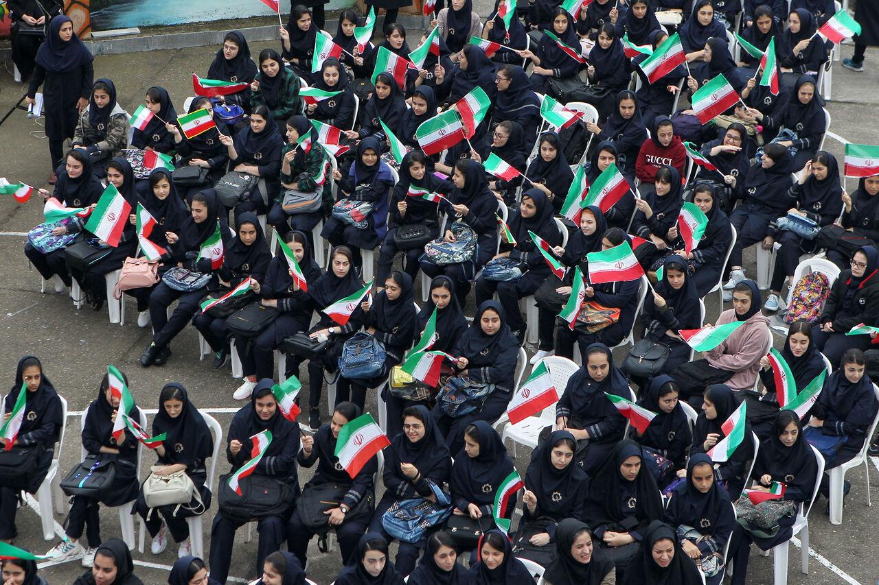 اتحادیه انجمن های اسلامی دانش آموزان منشأ خدمات ارزنده است