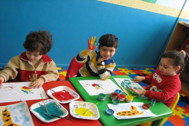 معاون کانون پرورش فکری فارس: حقوق کودکان در بسیاری مواقع پایمال میشود