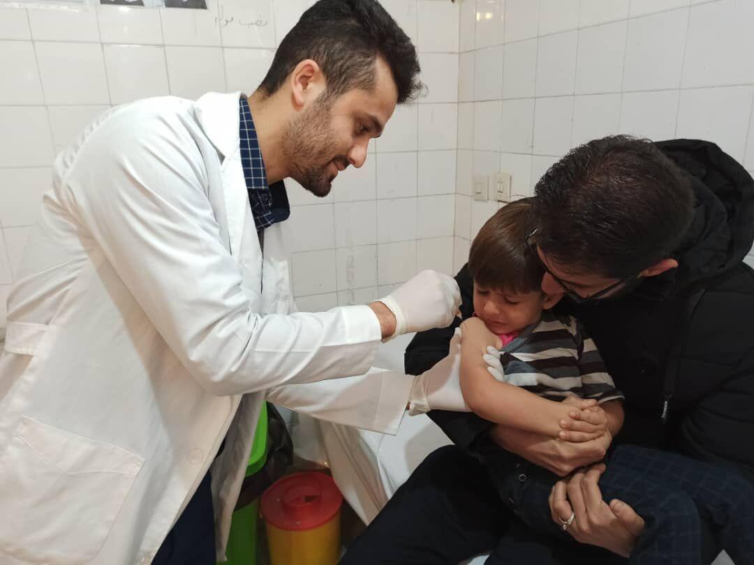 واکسیناسیون سههزار و ۳۰۰ کودک گتوندی علیه فلج اطفال آغاز شد