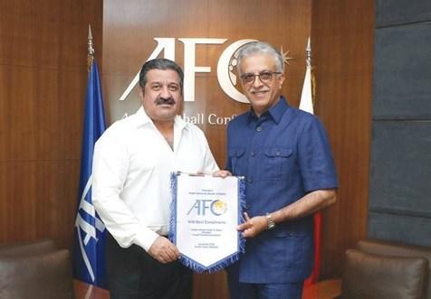 رئیس AFC با رئیس فدراسیون فوتبال کویت دیدار کرد