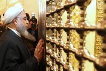 روحانی مسجد کوفه را در شرق نجف زیارت کرد
