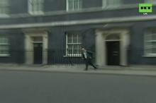 فرار مشاور ارشد نخست وزیر انگلیس از ترس کرونا!