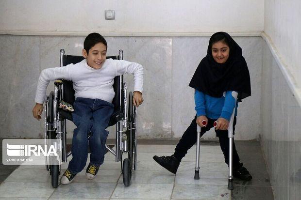 فرماندار آستارا: مستمری معلولان پیگیری میشود