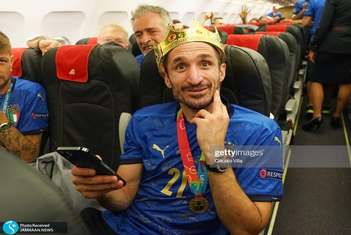 تصاویری برای حسرت انگلیسیها  استقبال از ایتالیایی ها؛ جام به رم رسید!