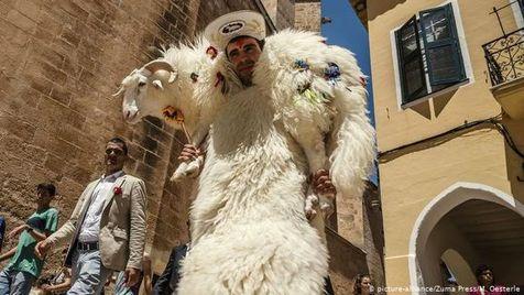جشن های عجیب در اسپانیا + عکس