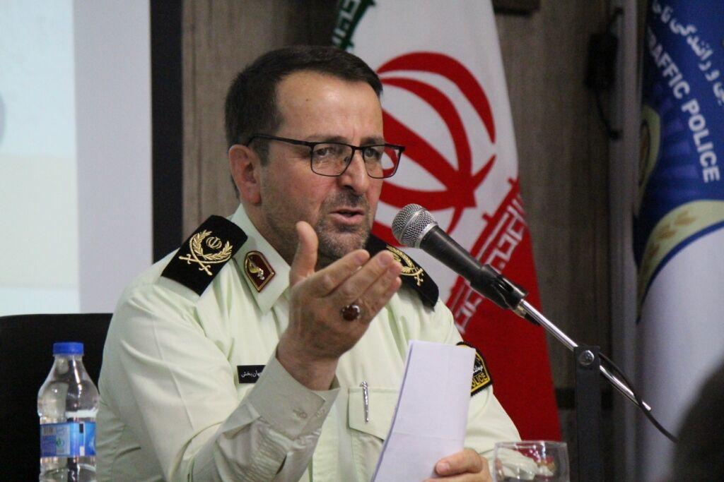 ۹۰ دستگاه گوشی هوشمند قاچاق در زنجان کشف شد
