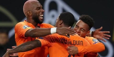 پیروزی هلندی ها  مقابل بوسنی با سه گل