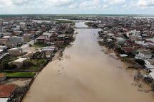 استاندار: اقلام کمکی از همدان به مناطق سیل زده ارسال شد