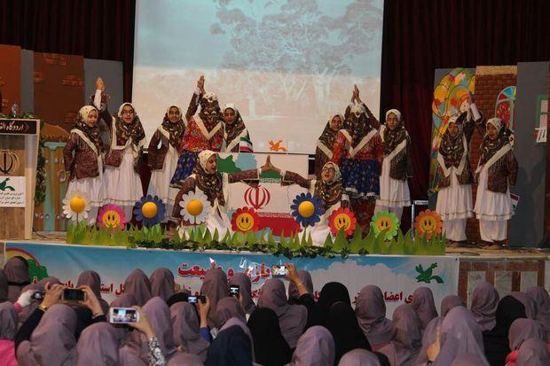 رونمایی از ۲۰ عنوان عروسکی و سرود در آذربایجانشرقی