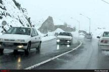 بارش 50 سانتی برف محور پونل – خلخال را مسدود کرد