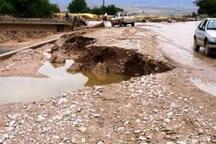 جاده چاشم- خطیرکوه به خاطر سیلاب مسدود شد