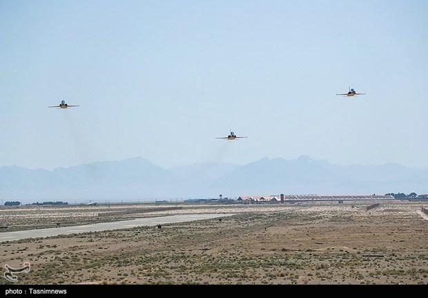 تحویل 3 فروند جت جنگنده کوثر به نیروی هوایی ارتش (4)