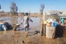 سیلاب روستای داشک هیرمند را فراگرفت