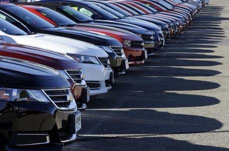 آخرین نرخ خودروهای خارجی در بازار امروز+ جدول / 14 مرداد 98