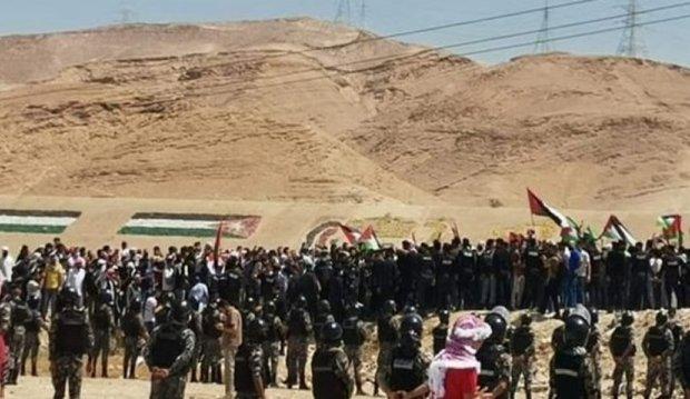 خیز هزاران اردنی به سمت مرزهای این کشور با فلسطین اشغالی