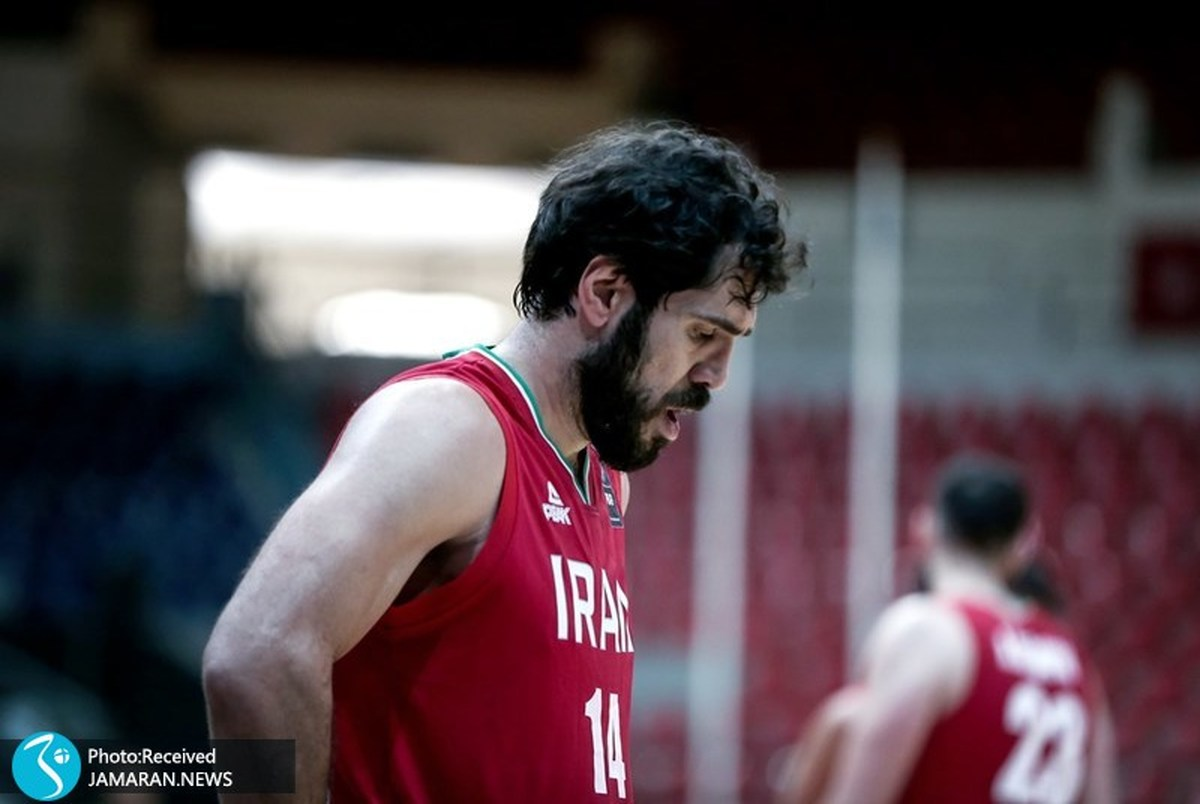 اعتراض کاپیتان تیم ملی بسکتبال به شرایط موجود +عکس