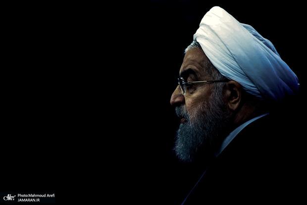 واکنش روحانی به تحریم رهبر انقلاب و ظریف از سوی آمریکا