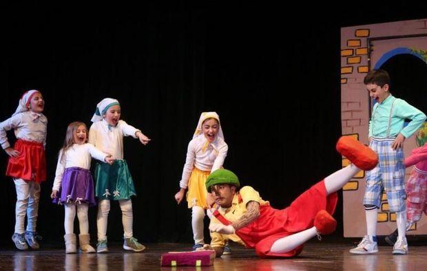 کودکان بازیگر تئاتر کودک باشند