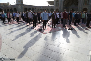 نماز عید سعید فطر در حرم حضرت فاطمه معصومه(س)