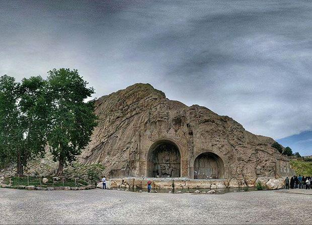 شهرداری کرمانشاه تولد کهنسال ترین درخت شهر را جشن می گیرد