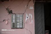 خسارت های زلزله در حد ترک خوردگی دیوارهای قدیمی بوده است