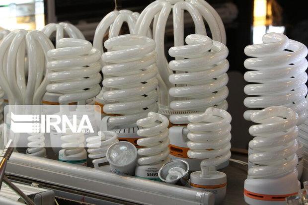 رعایت فاصله ۳۰ سانتیمتری ، عوارض لامپها را کاهش میدهد