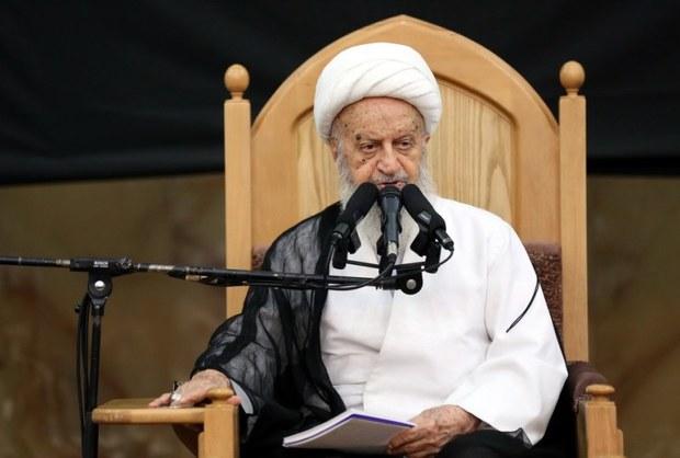 آیت الله مکارم شیرازی:تحولی باید در دستگاه قضایی ایجاد شود