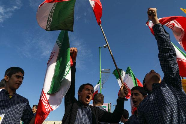 ۱۳ آبان نماد ظلم ستیزی ملت ایران است