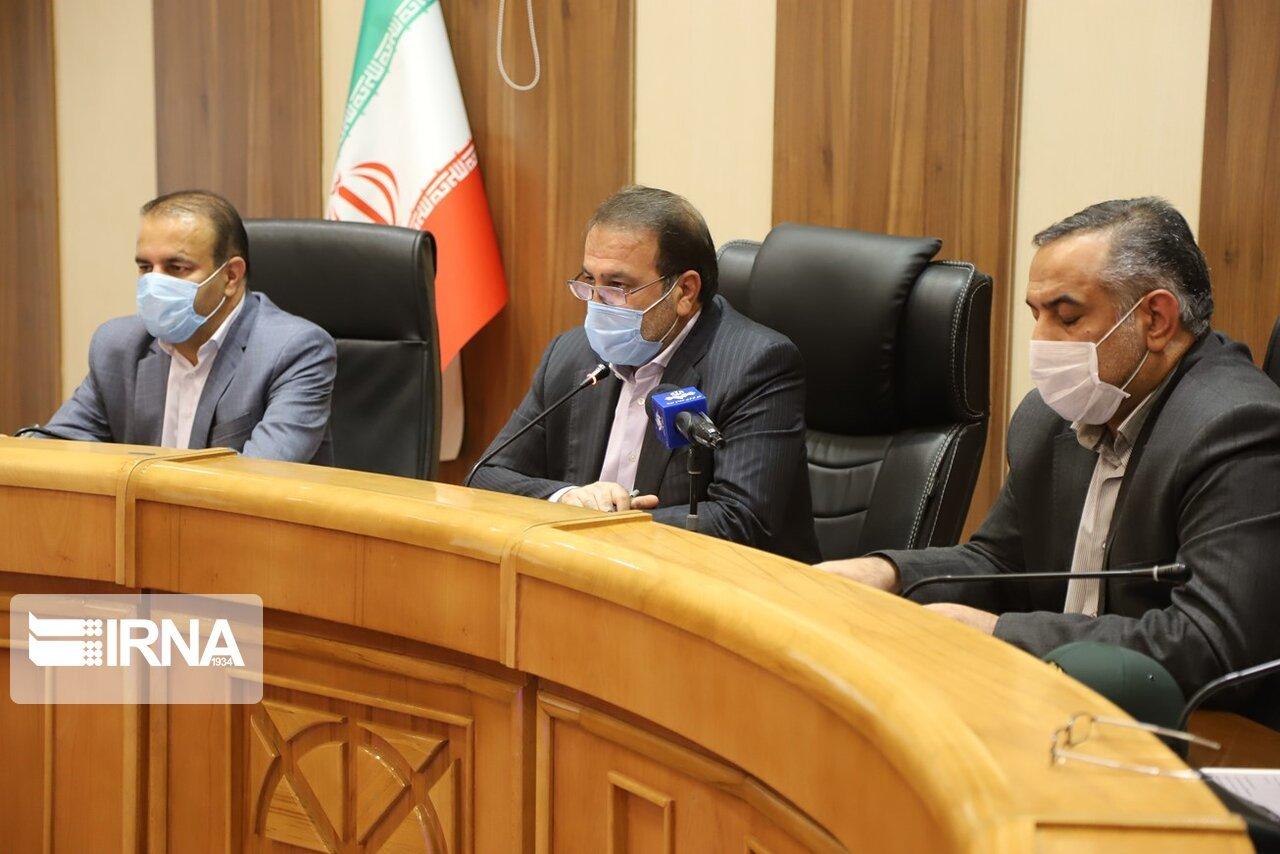 تقدیرها و هشدارهای کرونایی استاندار فارس در آغاز طرح فاصلهگذاری اجتماعی