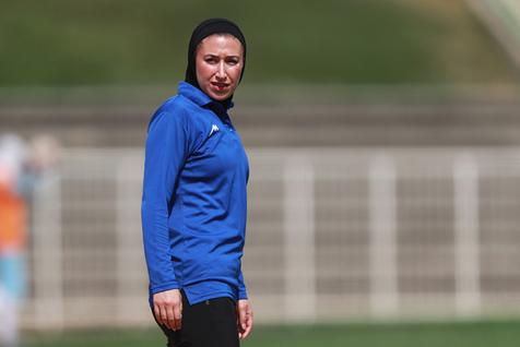 مربی ایرانی در بین ۱۰ ستارهای که فوتبال زنان را تغییر دادند