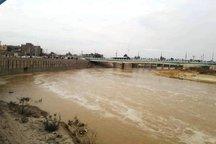 خطر ورود آب به مسکن مهر فرون آباد پاکدشت رفع شد