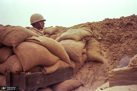 چرا بنی صدر باعث اختلاف ارتش و سپاه شد؟/علت اشغال خاک ایران در زمان وی چه بود؟/ کدام عملیات در زمان بنی صدر انجام شد و عاقبتشان چه بود؟