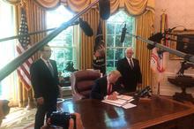 ترامپ فرمان تحریم های جدید علیه ایران را صادر کرد