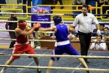مسابقات مشتزنی قهرمانی جوانان کشور در رشت آغاز شد