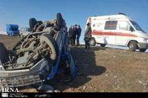 واژگونی خودرو در بجستان دو مصدوم در پی داشت