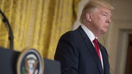 واکنش ترامپ به نتایج نظرسنجی ها در مورد میزان محبوبیت وی