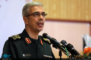 سرلشکر باقری: نیروهای ارتش آمریکا در غرب آسیا دست از پا خطا کنند با آنها برخورد قاطع خواهیم کرد