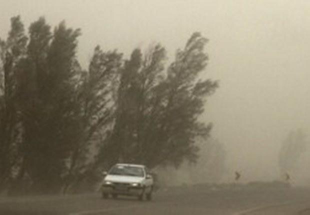 سرعت توفان در عقدا شهرستان اردکان به 83 کیلومتر ساعت رسید
