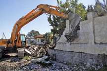 آزادسازی اراضی ملی در آستانه و کشف چوب فاقد مجوز در رشت