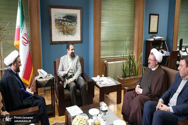 دیدار برگزار کنندگان جشنواره تئاتر روح الله با معاون هنری وزارت فرهنگ و ارشاد اسلامی