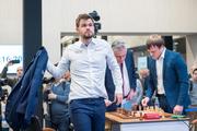 حرکت جوانمردانه قهرمان شطرنج جهان+ فیلم
