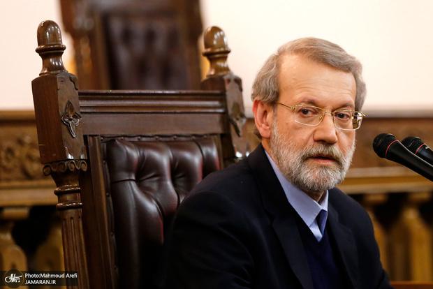لاریجانی: سران سه قوه پیگیر توزیع عادلانه کالاهای اساسی برای دسترسی مردم هستند