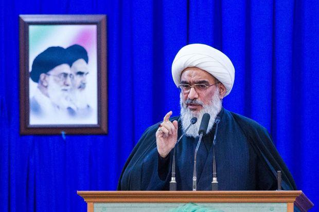 تأکید امام جمعه بوشهر بر رعایت دستورالعمل های ستاد مقابله با کرونا در عزاداری محرم
