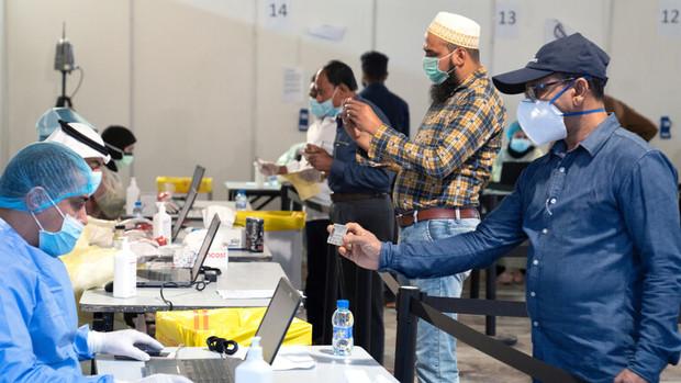 وزیر بهداشت کویت: کرونا تا روز قیامت با ما می ماند!