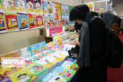 خرید بیش از ۱۰ میلیارد ریالی زنجانیها از نمایشگاه کتاب