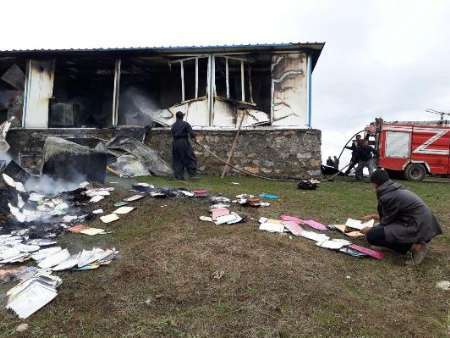 آتش سوزی مدرسه روستایی سردشت خسارت جانی نداشت