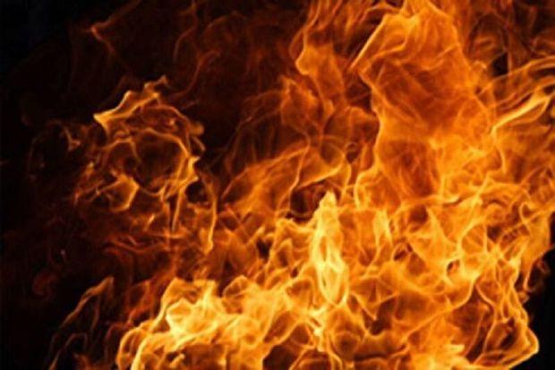 آتش سوزی یک واحدتجاری در بلوار امام ، نصیر شهر رباط کریم